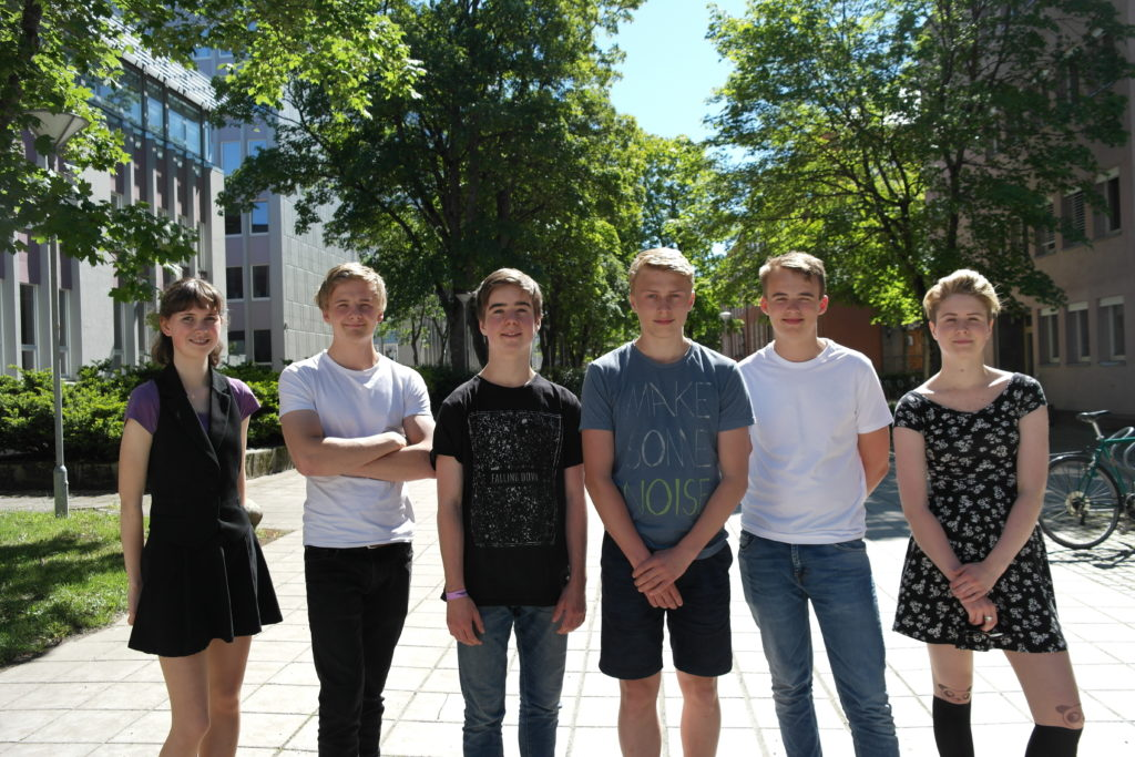 Fra venstre: Martine Klock Fleten, Sondre Duna Lundemo, Thor Ivar Helgesen, Sigve Lysne, Markus Valås Hagen, Marianne B. Eid. Foto: UngEnergi
