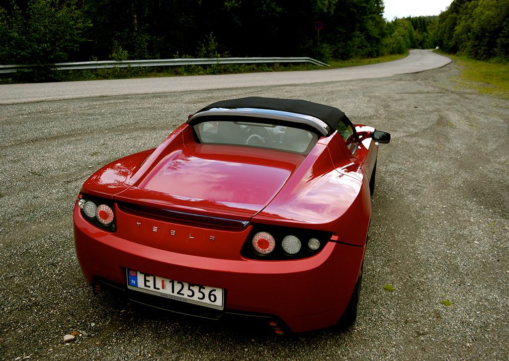 Tesla Roadster  Foto: UngEnergi