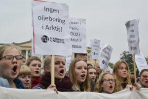 Natur og ungdom protesterer mot oljeutvinning i Arktis. © flickr.com Natur og Ungdom