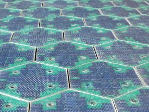 Solceller brukt i eit vegprosjekt i USA.